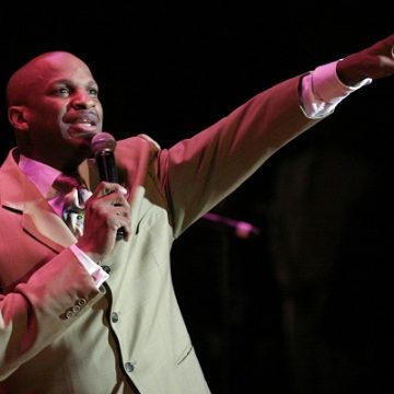 Donnie McClurkin Invites You To Share The Stage With Him!