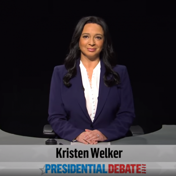 'SNL' Maya Rudolph Moderates Debate As Kirsten Welker [WATCH]