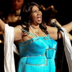 Aretha Franklin Singing