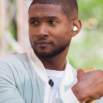Who Knew Usher Could Do Yoga?