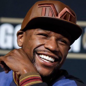 Floyd Mayweather Buys His Daughter a Ring Worth Millions