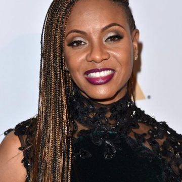 "MC Lyte Joins ""New York Undercover"" Reboot"