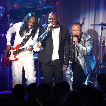 Earth Wind and Fire and the Isley Brother's Verzuz Battle: Who Won?