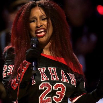 Chaka Khan Blasted for National Anthem Performance