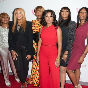 Traci Braxton's Hacked Account Said Some Horrible Things About Tamar