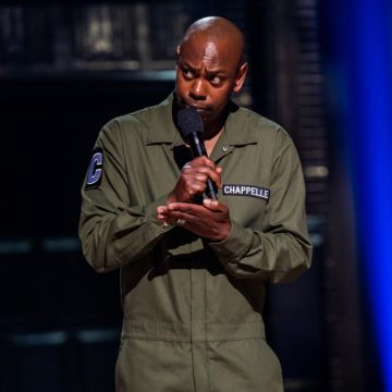 Watch: Dave Chappelle Does Surprise Set on Netflix