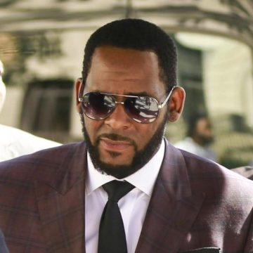 3 Men Charged With Threatening Women in R Kelly Case