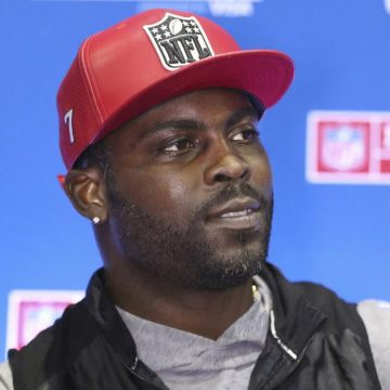 Michael Vick Working to Clear the Way for Ex-Felons to Vote