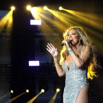 Mariah Carey Is a New York Times Best Seller