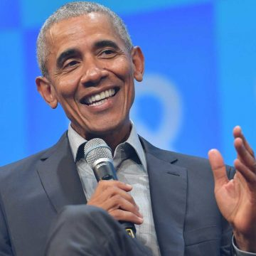 Barack Obama's New Book Breaks Records