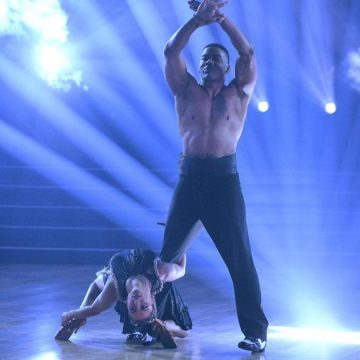 Nelly Lands His First Perfect Score on DWTS