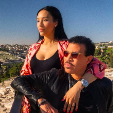 Lionel Richie 71 id Allegedly Dating a 30 Year Old