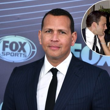 "Alex Rodriguez Is ""Shocked"" By Jennifer Lopez and Ben Affleck's Reunion and Told J.Lo ""He's Upset"""