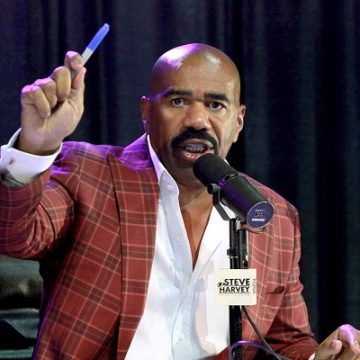 Steve Harvey got called out for calling the Golden State Warriors gorillas