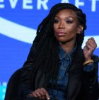Did Brandy throw shade at Monica during her show
