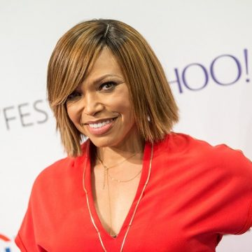 Tisha Campbell Reunites With Unsuspecting Half-Sister On The Real!