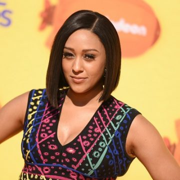 Tia Mowry & Loretta Devine Join Forces For New Comedy!