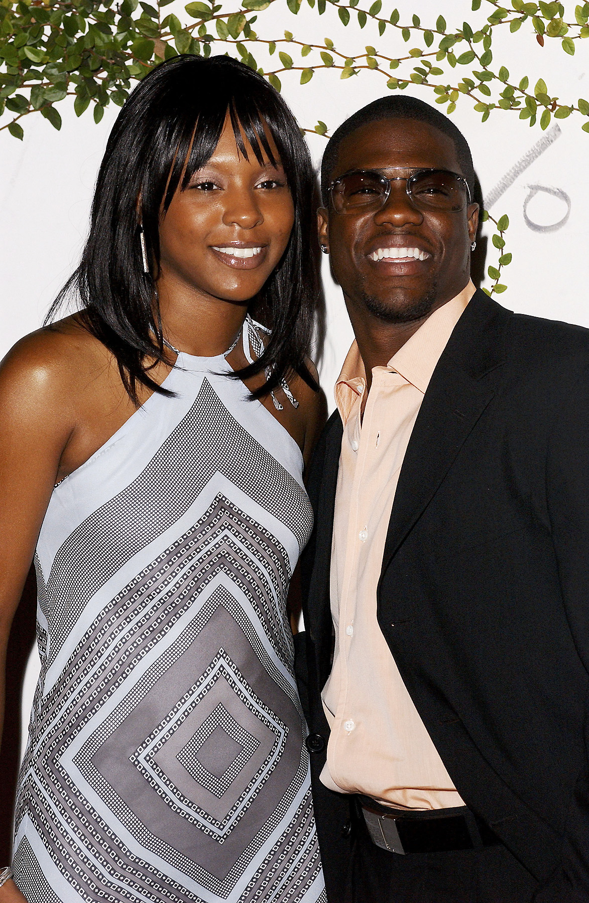 Kevin Hart   s MAJOR drama with ex-wife    She says his girlfriend    Kevin Harts Ex Wife