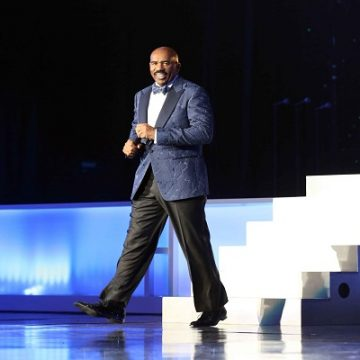 Showtime At The Apollo With Steve Harvey Returns Tonight!