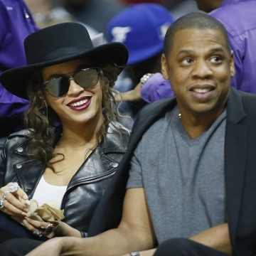 JAY-Z & Beyonce In The Elevator…Again!