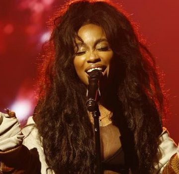SZA Recalls Homelessness And Struggles