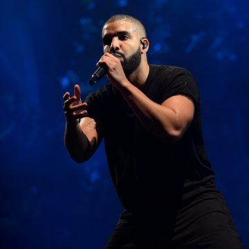 Drake Covers Michael Jackson's 'Rock With You' In Concert
