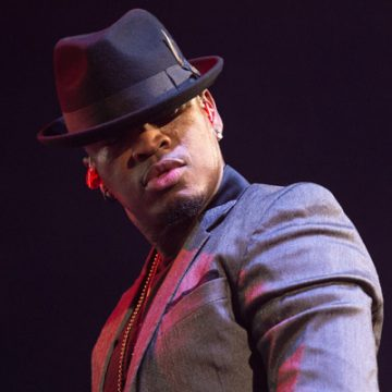 NeYo's wife Crystal Smith apologized after showing out on TV