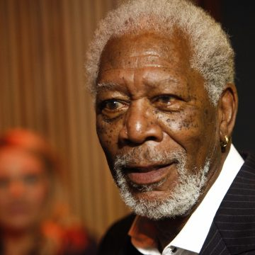 Morgan Freeman's lawyer demands CNN retract the sexual harassment story