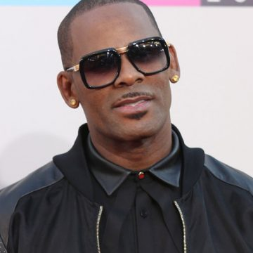 R Kelly was seen out with alleged brain washed GF Joycelyn Savage