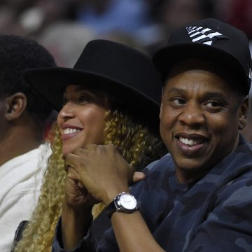 See Beyonce & Jay-Z Dress Up As Flo-Jo & Tommie Smith