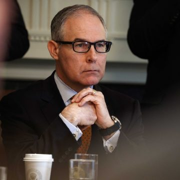 EPA head Scott Pruitt resigns with the stench of scandals all over the place