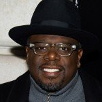 Cedric the Entertainer lands a big development deal with CBS