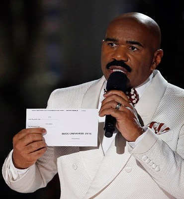 Steve Harvey said Bill Cosby told him to stay away from him