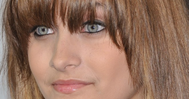 Who knew Paris Jackson could sing like her dad could
