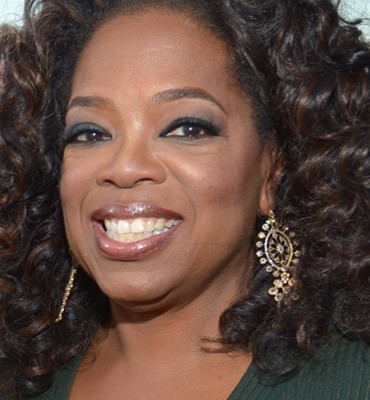Oprah Went to the bank for the first time in 29 years to deposit a check
