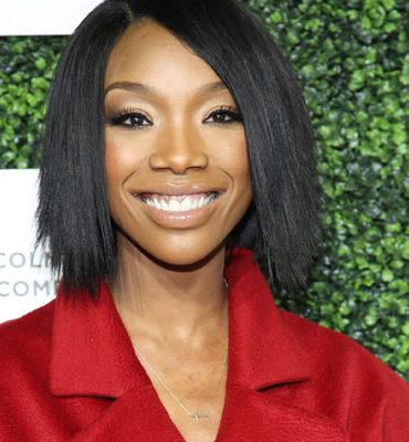 Brandy is totally denying shading Jennifer Lopez over a Mariah picture