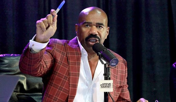 Steve Harvey's family face off on a special celebrity Family Feud
