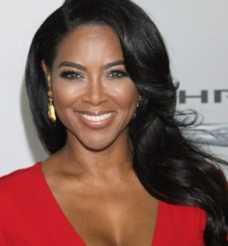 Kenya Moore on the low-low allegedly got secretly married in St. Lucia