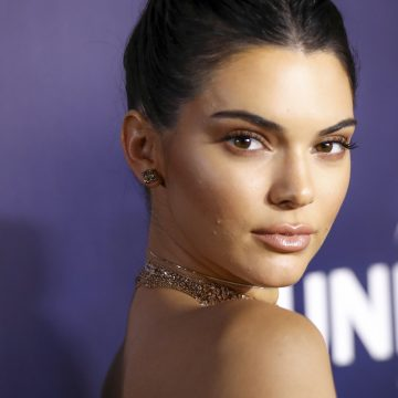 Pepsi Apologizes for Ad With Kendall Jenner
