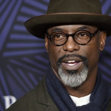 Isaiah Washington asked if wearing hair weaves are worth it