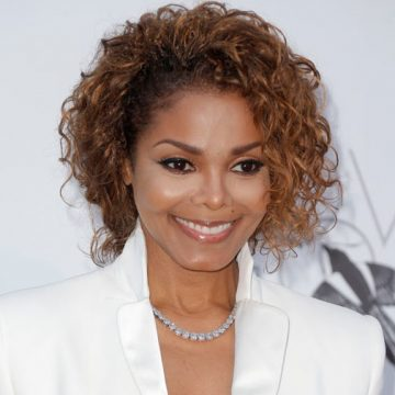 Joe Jackson says Janet Jackson will perform at the Super Bowl