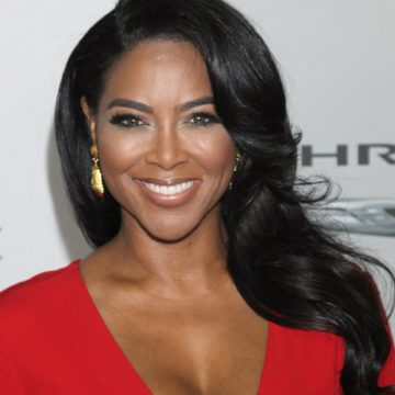 Kenya Moore says she married for love and not the cameras