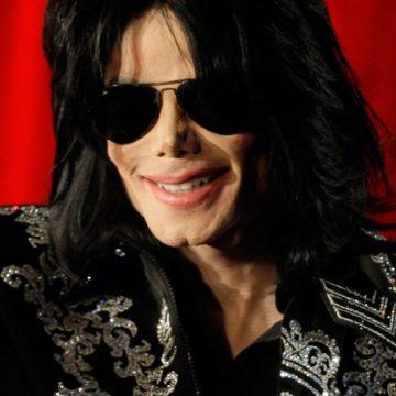 Michael Jackson's child molestation lawsuit is thrown out