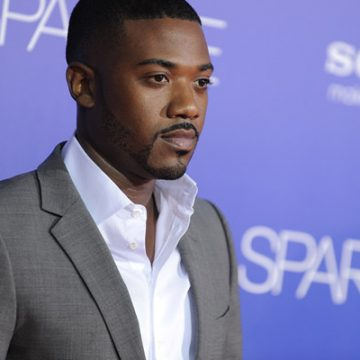 Ray J's Mother Miss Sonia Comes for Her Daughter-In-Law