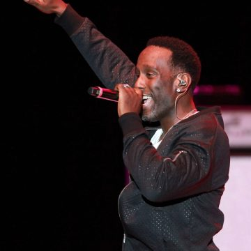 Shawn Stockman of Boyz II Men wants everyone to stop hating Chris Brown