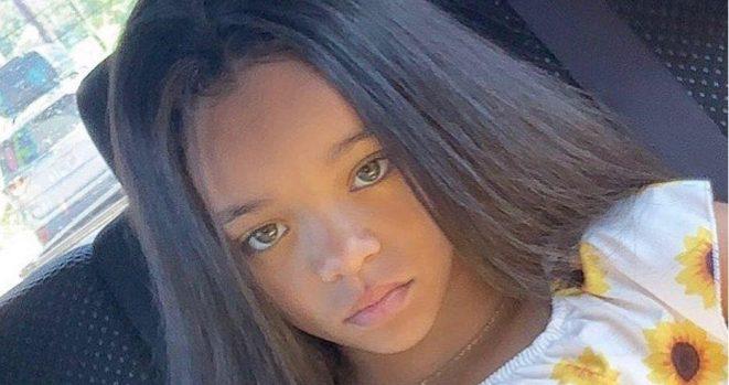 Rihanna look a like